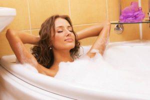 Можно ли мыться при крапивнице